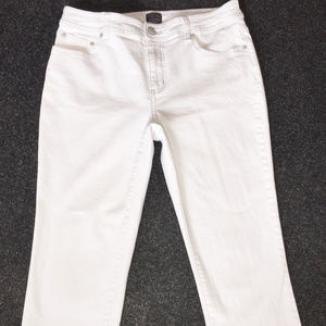 CHICO'S ADDITIONS White Cropped Jeans Size 1(8-10)